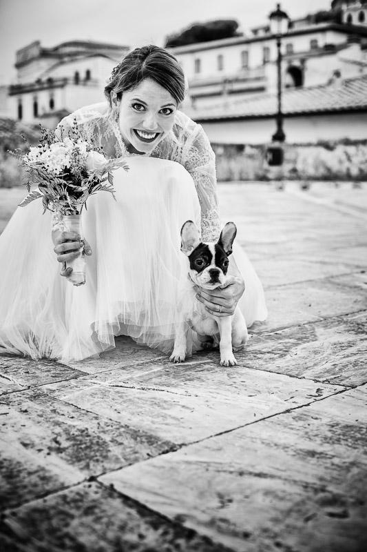 Sposa con cucciolo