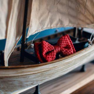 🇮🇹 Il potere dei dettagli... Un papillon rosso e una barca ci raccontano una storia di due innamorati coronata e vissuta  in un luogo dove il mare, la natura e l'amore sono sovrani. Per questa nuova stagione  seguiremo il vento per approdare ogni volta in un lido incontaminato per raccontarvi una nuova storia d'amore... Stay tuned!!!  🇬🇧 The power of details... A red bow tie and a boat tell us a story of two lovers crowned and lived in a place where the sea, nature and love are sovereign. For this new season we will follow the wind to land every time in a pristine beach to tell you a new love story... Stay tuned!!!  📍 Per i tuoi Eventi For your Events  Rossella Celebrini Events  Luxury Experiences in Tuscany  www.rossellacelebrinievents.it  📍 Wedding Photographer Andrea Corridori @andreacorridori   #RossellaCelebriniEvents #LuxuryExperiencesinTuscany #LuxuryExperiences #Experiences #WeddingExperience #WeddingDream #Dream #LoveExperience #WeddingTravel #DiscoverIslands #IsoladElba #IsoladelGiglio #IsoladiGiannutri #IsoladiPianosa #IsoladiCapraia #IsoladiMontecristo #IsoladiGorgona #ArcipelagoToscano #TuscanArchipelago #Toscana #Tuscany #DestinationWedding #DestinationWeddingPlanner #DestinationWeddinginItaly #DestinazioneToscana #GettingMarried #Sposarsi #SposarsiinToscana #SeaLovers #IslandLovers